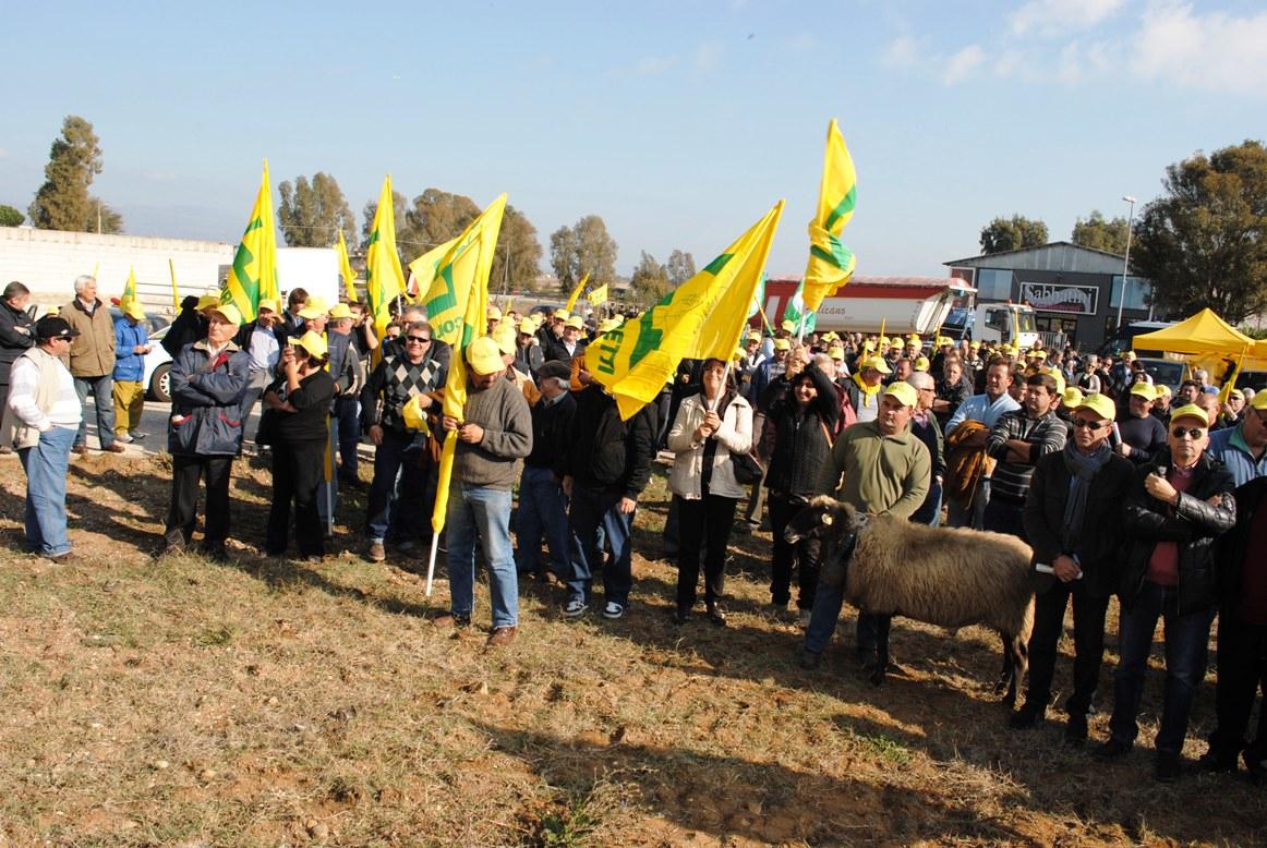 Alla protesta della Coldiretti ad Aprilia anche due autobus da Rieti