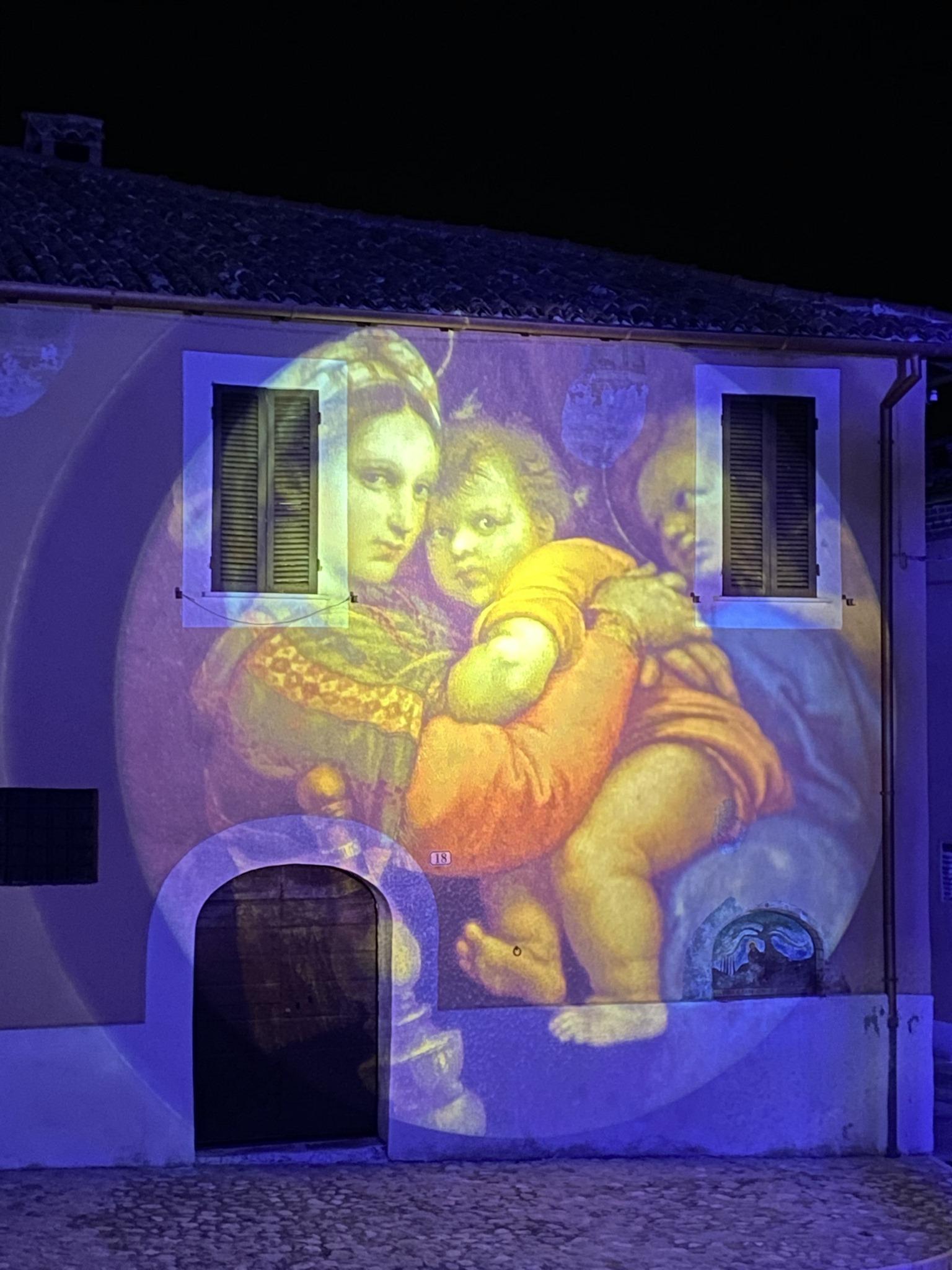 IL NATALE ILLUMINA GRECCIO, PER UN MESSAGGIO DI SPERANZA