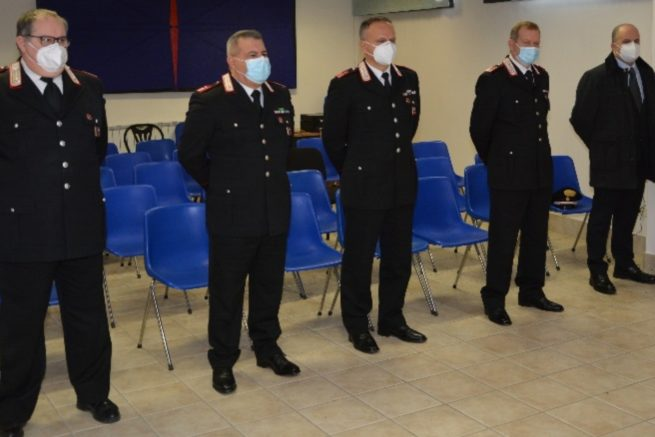 Carabinieri, cinque neopromozioni: ecco chi sono i luogotenenti ricevuti dal comandante