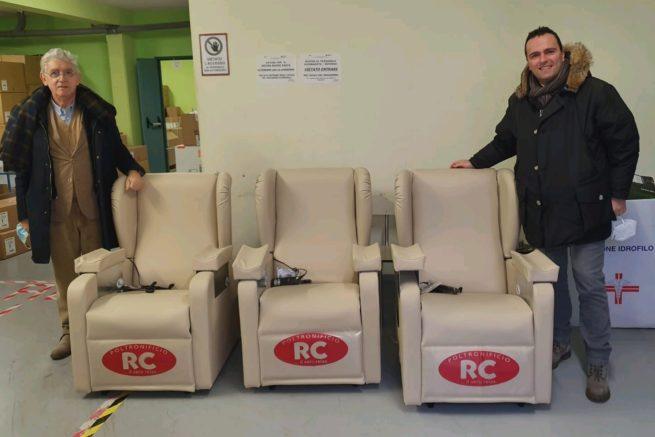 Panathlon Club e Npc Rieti donano poltrone al neo-reparto del centro vaccinale di Rieti