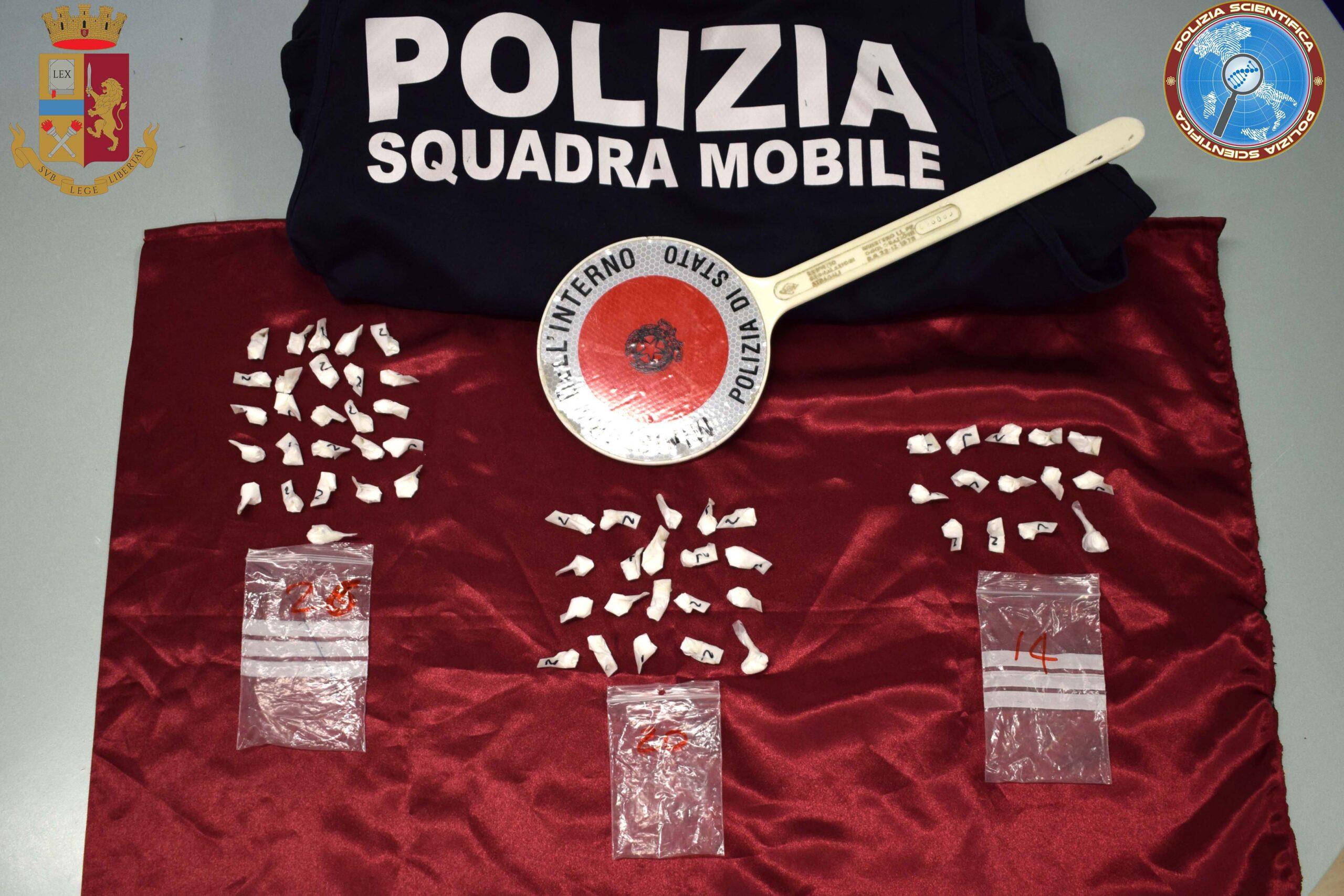 POLIZIA, ARRESTATI DUE SPACCIATORI DI COCAINA